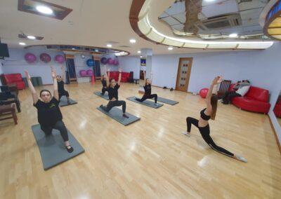 vzroslyj-stretching-1