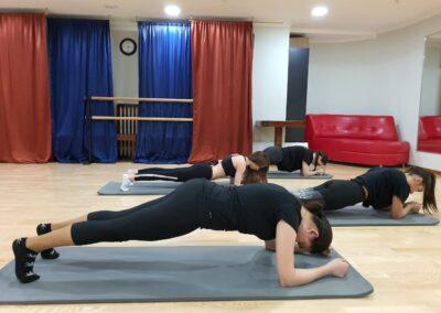 vzroslyj-stretching-14